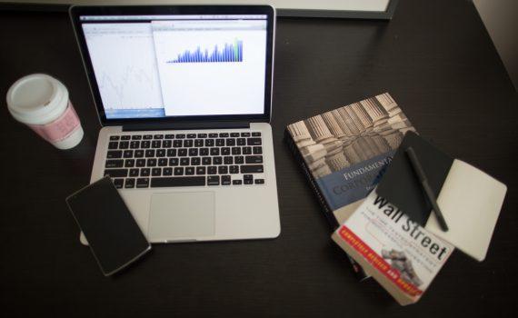 análise preditiva financeira com vexpenses